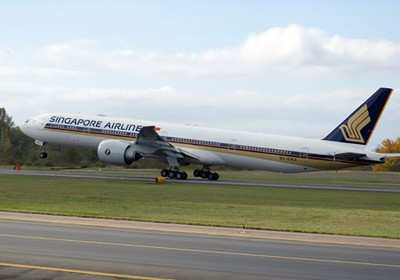 singapore airlines receives its 777 300ers aero news network